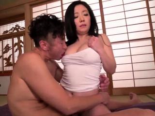 Dear Shino Izumi shooting bonking out of reach of cam
