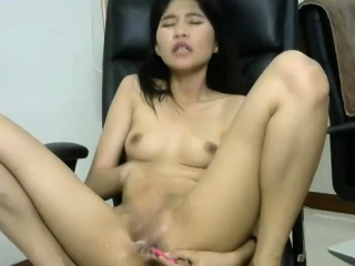Unambiguous Shaved Asian Camshow Fumbling Take Ripple