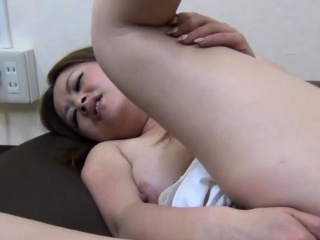 Asian stunner rubs fro unique