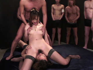 Japanese Anri Hoshizaki is come by facesitting  revealing powerful