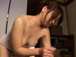 Angelic exotic gal Ren Mukai cums while riding