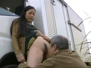 Curious-Daughter learns how Dad delivers his Package [Fanmade Substitle]