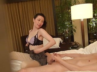 Subtitled Japanese milf rub down psychotherapist buttering-up wide HD