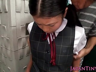 Uncomplicated asian schoolgirl tasting cum closeup