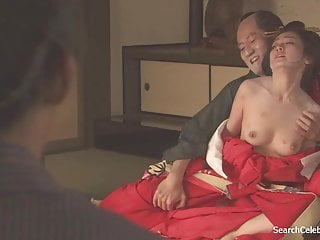 Yumi Adachi - A Courtezan Forth Flowered Outer