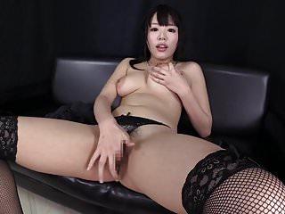 japonaise se masturbe